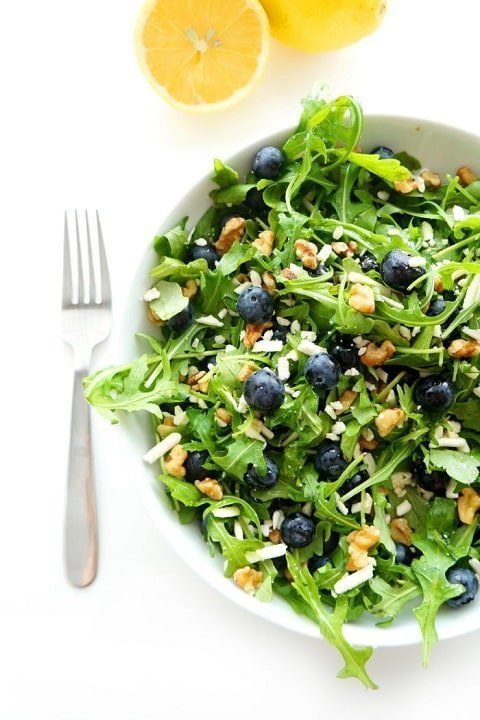 Blueberry walnut salad with lemon dressing - hauteandhealthyliving.com  |  20+ Quick & Delicious Summer Salad Recipes - Tulip and Sage