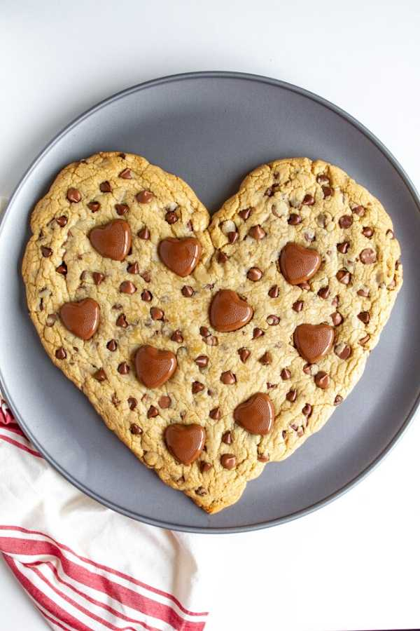 Heart-Shaped Chocolate Chip Cookie - mynameissnickerdoodle.com