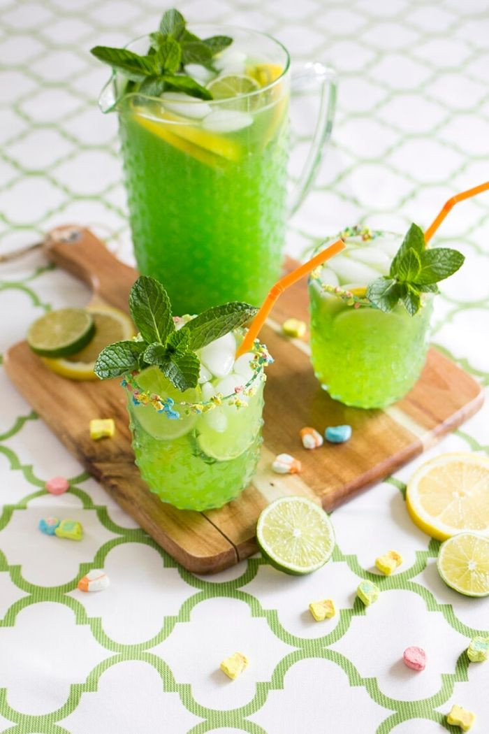 Source: freutcake.com // Are you looking for some green cocktails for this St. Patrick's Day?  I've got you covered!  Here are 10+ of my current favourite finds! #stpatricksday #stpatricksdaycocktails #greencocktails #tulipandsage