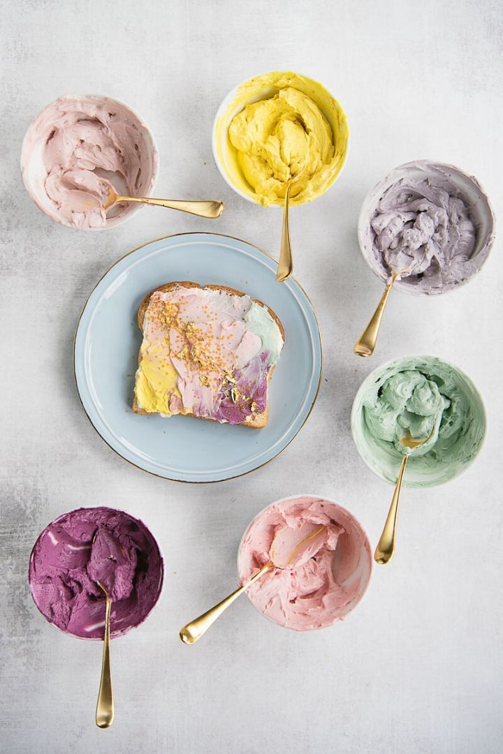 Source: asideofsweet.com // It's St. Patrick's Day!  Why not celebrate with some rainbow foods?!  Here are 10+ of our favourite rainbow foods you need to try this St. Patrick's Day!  #stpatricksday #stpatricksdayfood #stpatricksdaydesserts #rainbowfood #rainbowfoodideas #tulipandsage