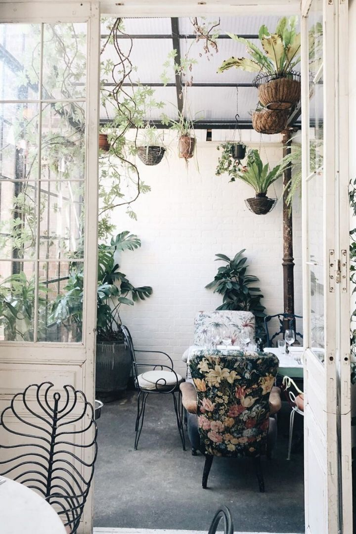 Source:  mad_about_the_house // On this week's Friday Favourites, find garden rooms, a dreamy castle, a DIY bath bomb, a yummy sweet treat, and so much more!  #fridayfavorites #tulipandsage