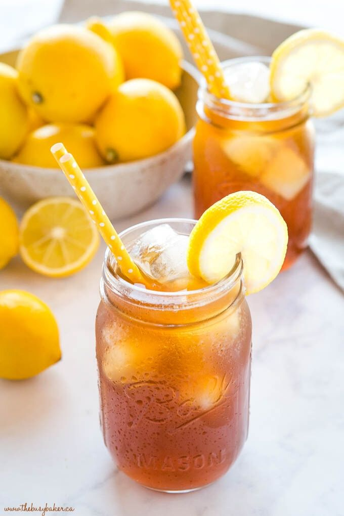 Healthy Homemade Iced Tea - thebusybaker.ca // There's nothing like enjoying a fresh cold glass of iced tea on a hot summer's day!  Here are 10 Healthy Iced Tea Recipes you must try this summer!  #tulipandsage #healthyicedtearecipes #healthyicetea #icedtearecipes