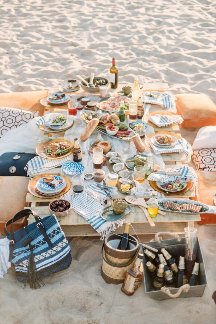 Photo Credit - stylemepretty.com // I'm craving some sunshine.  And I'm currently daydreaming of a beach picnic!  If you share in this daydream, here's some serious beach picnic inspo for ya! #tulipandsage #beachpicnic #beachpicnicaesthetic #beachpicnicideas