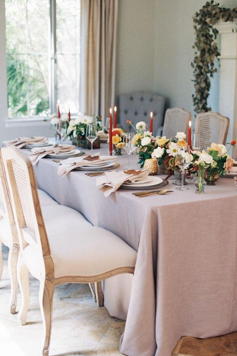 source: stylemepretty.com / On this week's Friday Favourites, find a pretty Thanksgiving tablescape, a cuteness overload, the health benefits of pumpkin, and more! #fridayfavorites
