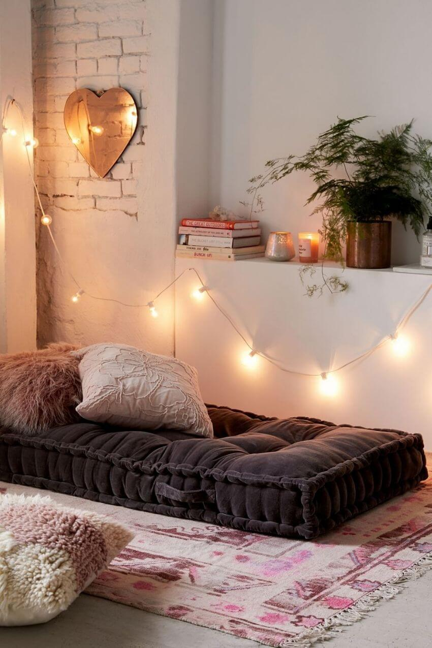 source: urbanoutfitters.com/ On this week's Friday Favourites - A Feel-Good Edition, find puppies, comfort food, tips for managing stress, a Christmas playlist and more! #fridayfavorites