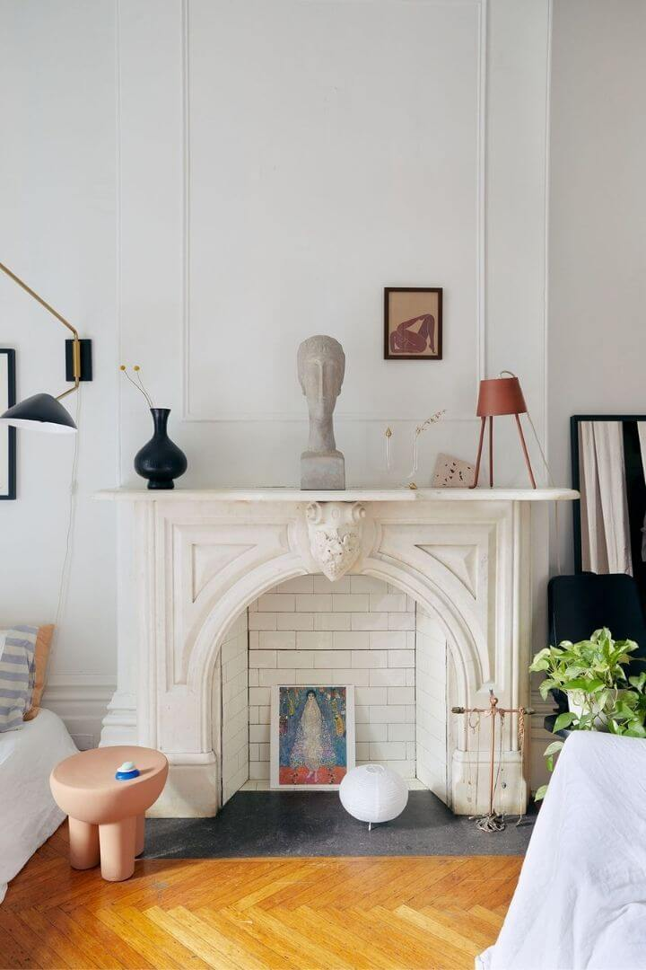 source: architecturaldigest.com/ On this week's Friday Favourites, find an old-world Montreal apartment, the cutest Valentine's Day tablescape, some favourite inauguration moments, & more! #fridayfavorites