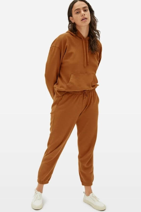 source: everlane/ Here are some eco-friendly sweats you'll love!  These cozy finds are made with eco-friendly fabrics such as organic cotton, recycled polyester, or tencel. #ecofriendlysweats #ecofriendlysweatshirt #ecofriendlysweatpants #sustainablesweats