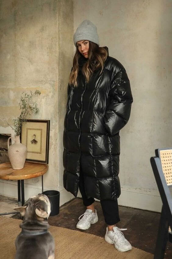 source: hannahcrosskey/ Dressing for warmth doesn't feel the most stylish. Here are puffer coat outfit ideas that combine warmth and style to inspire your wardrobe this winter! #winteroutfitscold #winteroutfitswomen #puffercoatoutfits #winterpuffercoatoutfits
