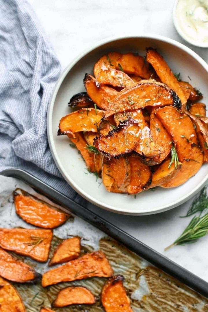 source: nutritioninthekitch.com/  On this week's Friday Favourites, find honey-roasted sweet potato wedges, designer style predictions, a vintage floral arrangement, and more! #fridayfavorites