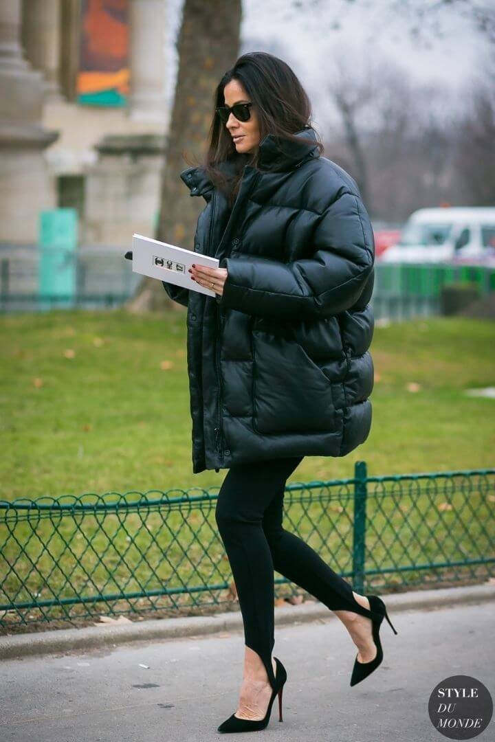 source: styledumonde.com/ Dressing for warmth doesn't feel the most stylish. Here are puffer coat outfit ideas that combine warmth and style to inspire your wardrobe this winter! #winteroutfitscold #winteroutfitswomen #puffercoatoutfits #winterpuffercoatoutfits